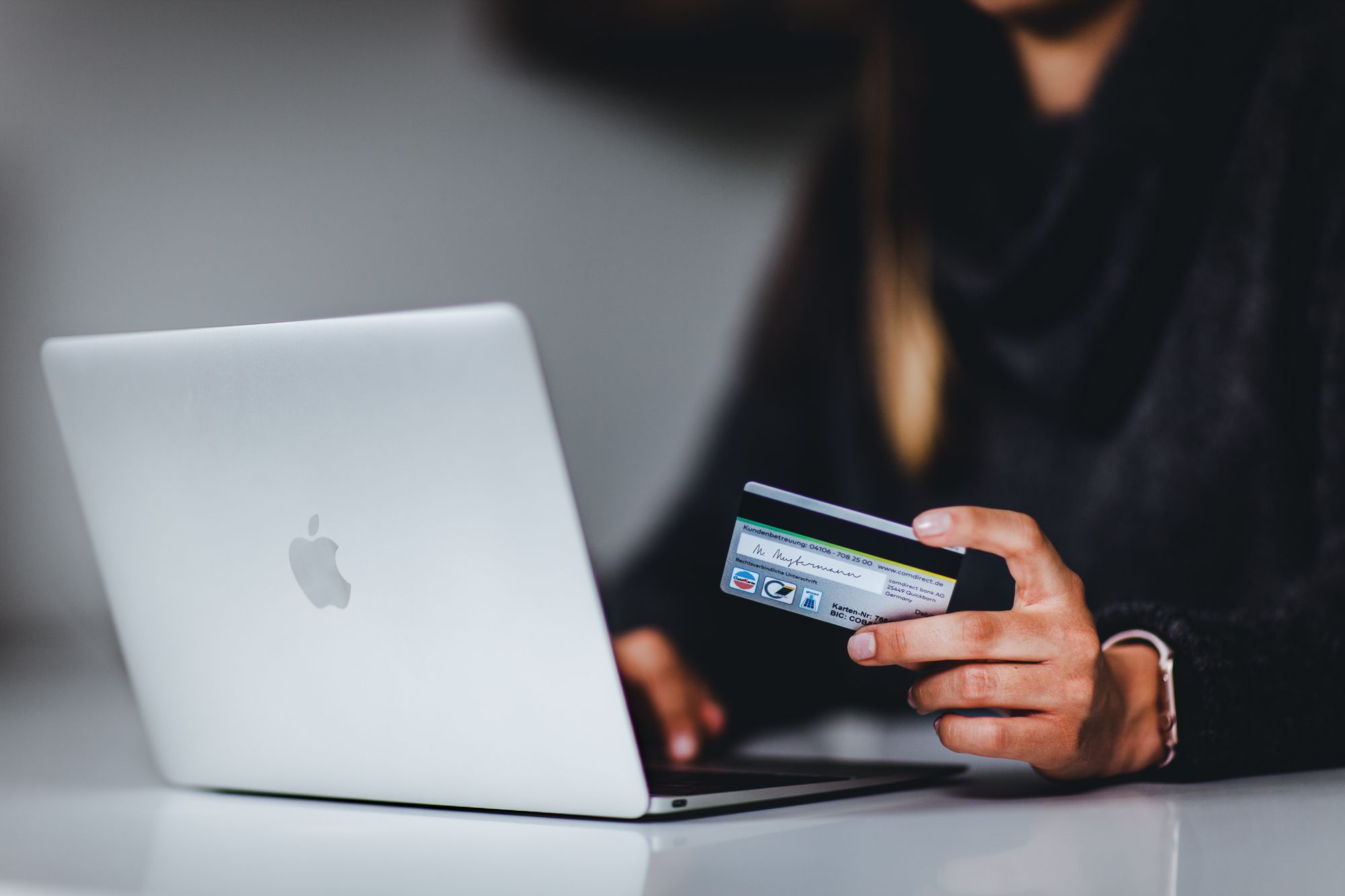 Safe Online Shopping: 5 Tested and Trusted Tips You Need To Know